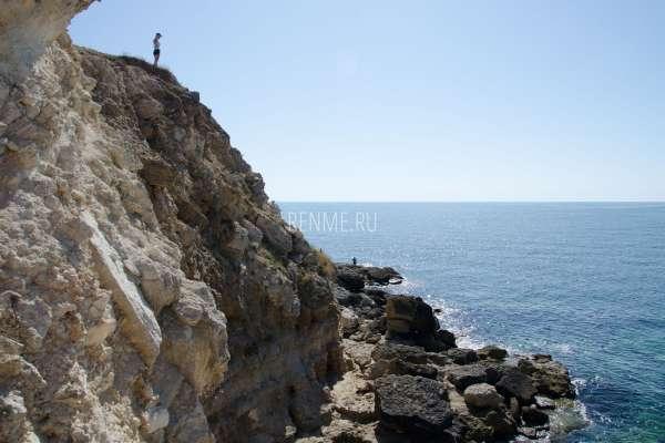Скалы Тарханкута в Межводном. Фото Межводного