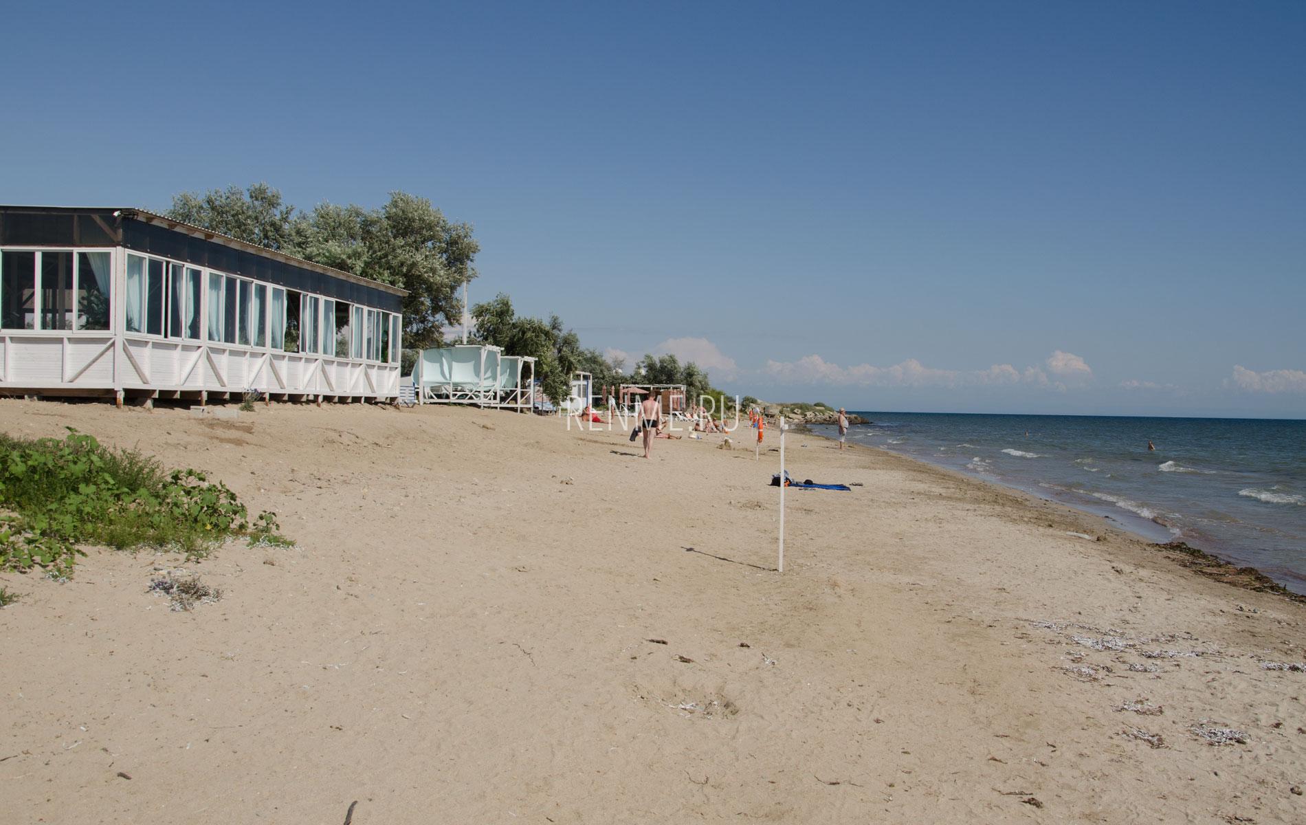 """Пляж """"Мохито"""" летом 2019. Фото Заозёрного"""