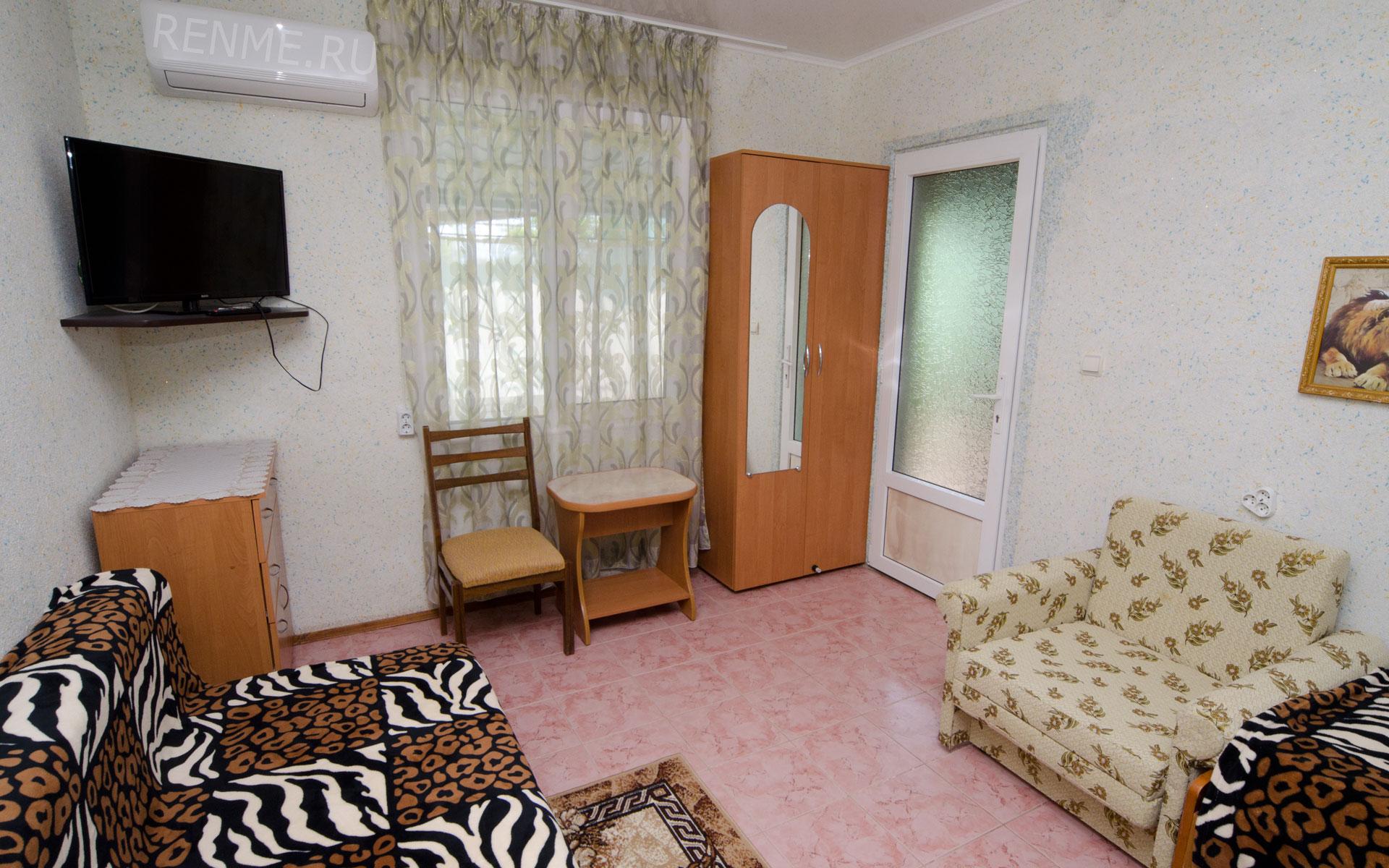 Комната. Лебеди. Апарт-отель на 8 квартир. Заозёрное