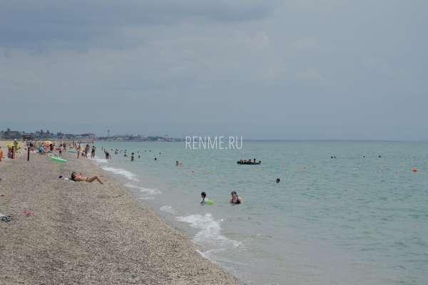 Пляжная погода в конце июня 2020. Фото Прибрежного