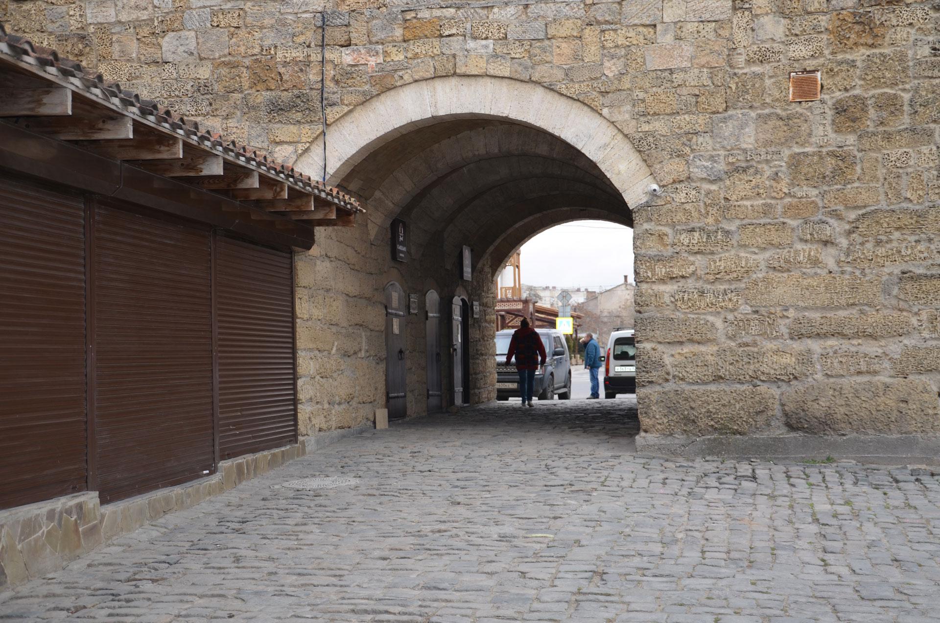 Гезлевские ворота в марте. Фото Евпатории