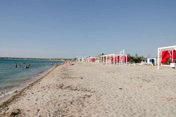 Пляж на закате. Фото Межводного
