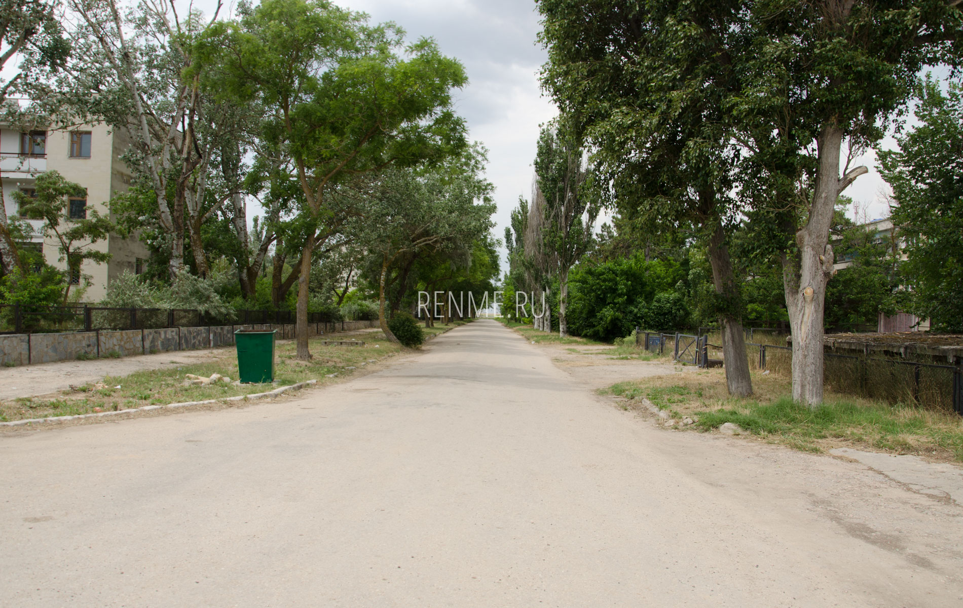 Дорога к пляжу Керкинитида. Фото Заозёрного