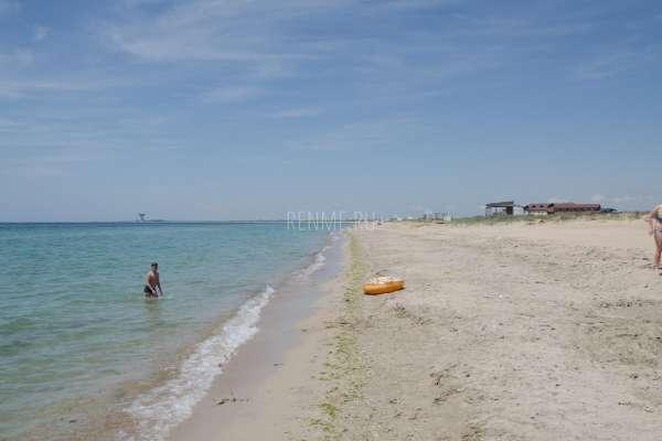 Самые песчаные пляжи Крыма. Фото Заозёрного