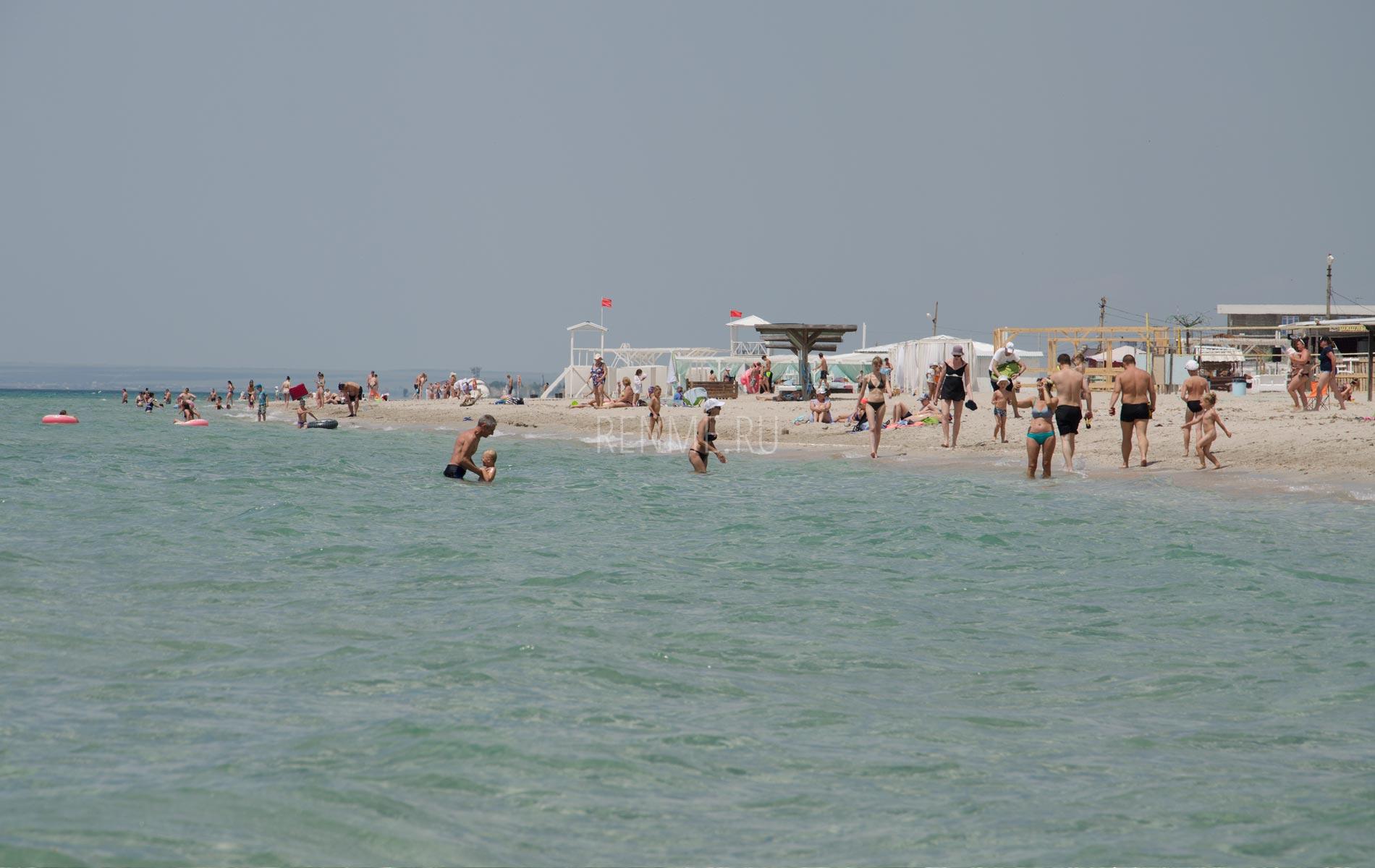 Фото пляжа Штормового в июне 2020. Фото Штормового