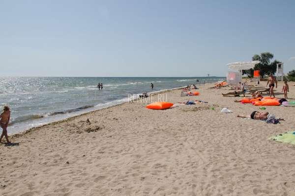 """Пляж """"Фотон Райт"""". Пляжи Заозёрного"""