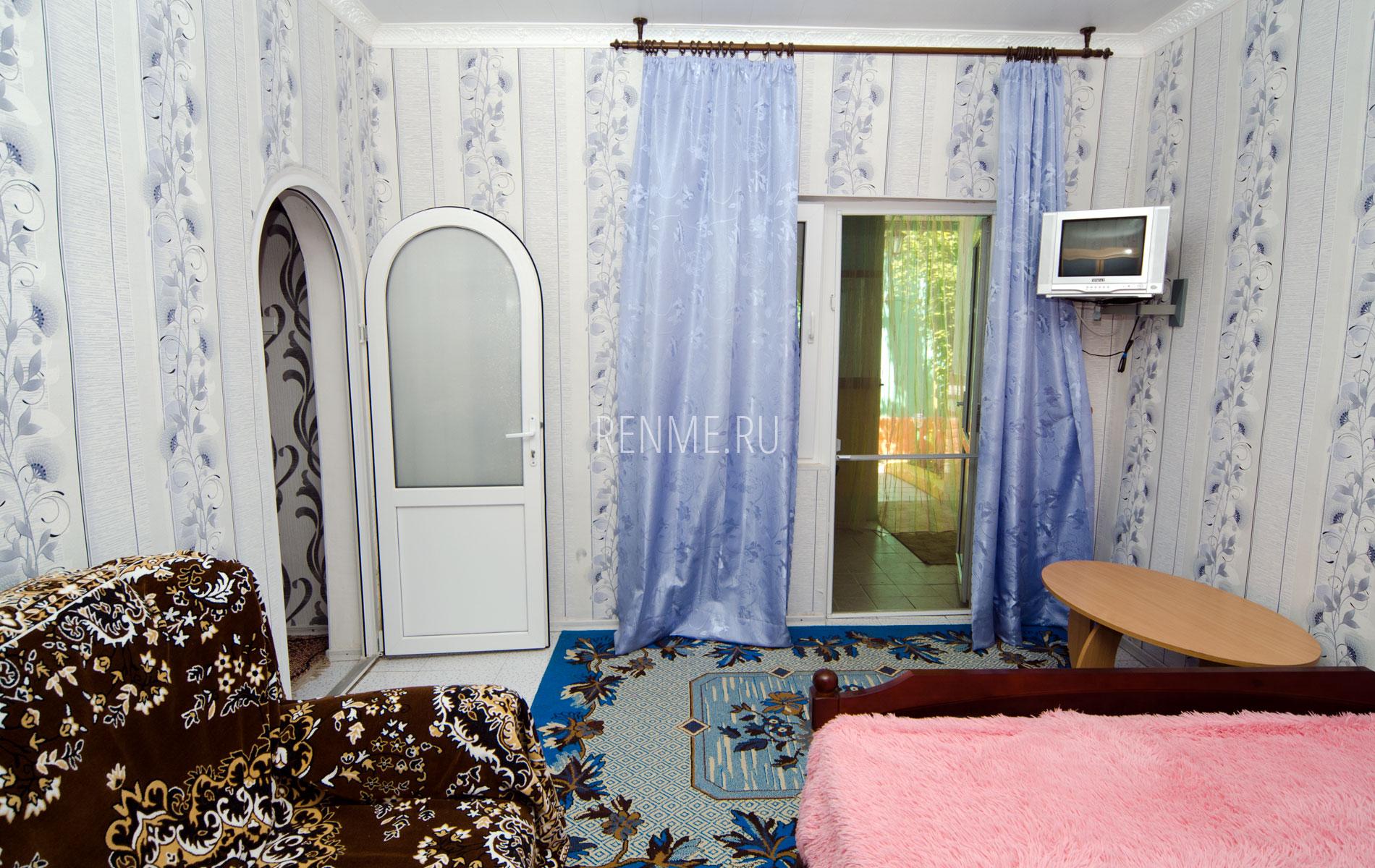 Комната 1. Двухкомнатная квартира. Зеленый дворик. Заозёрное