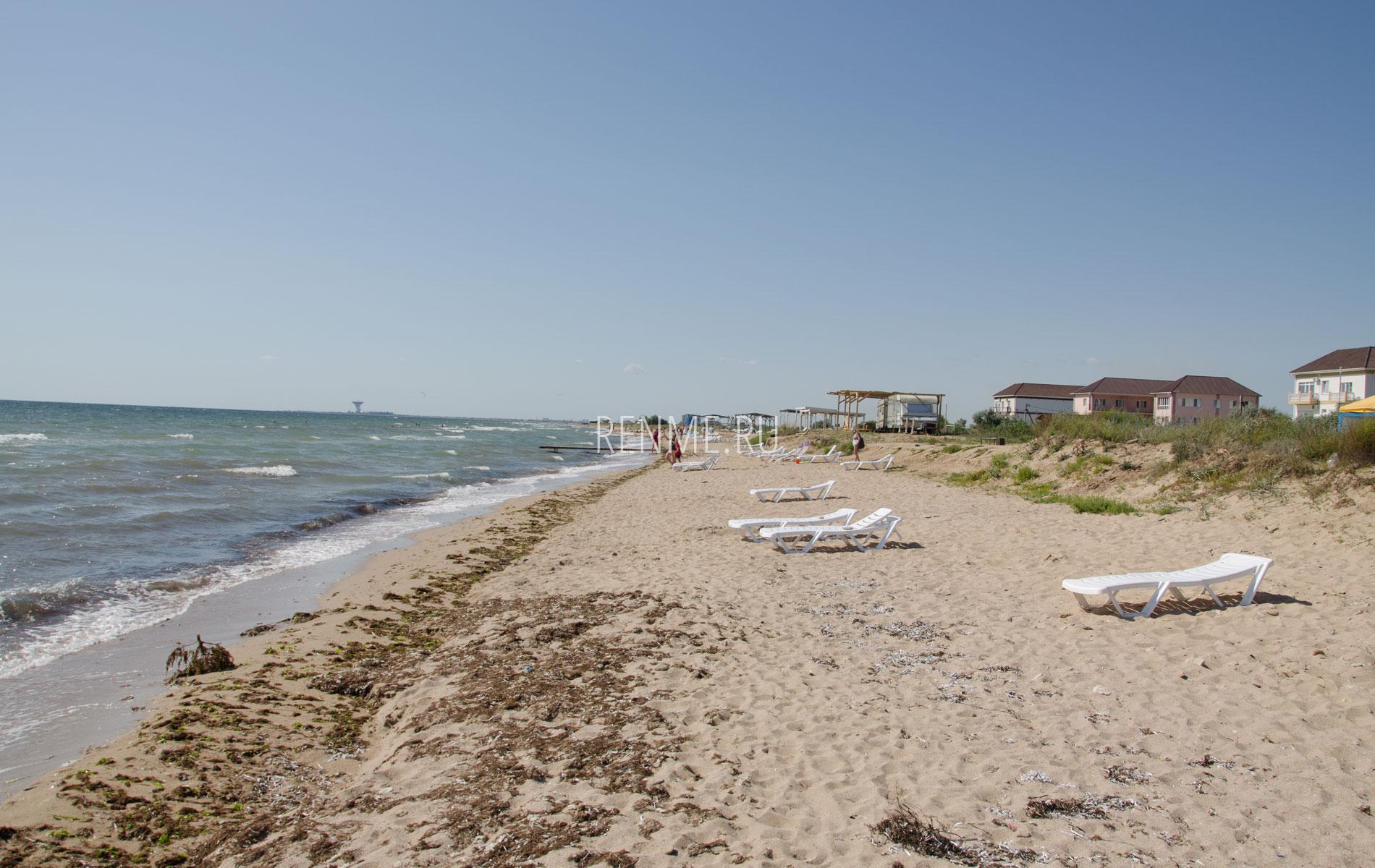 Дикий пляж с удобствами СОЮЗ-2004. Фото Заозёрного