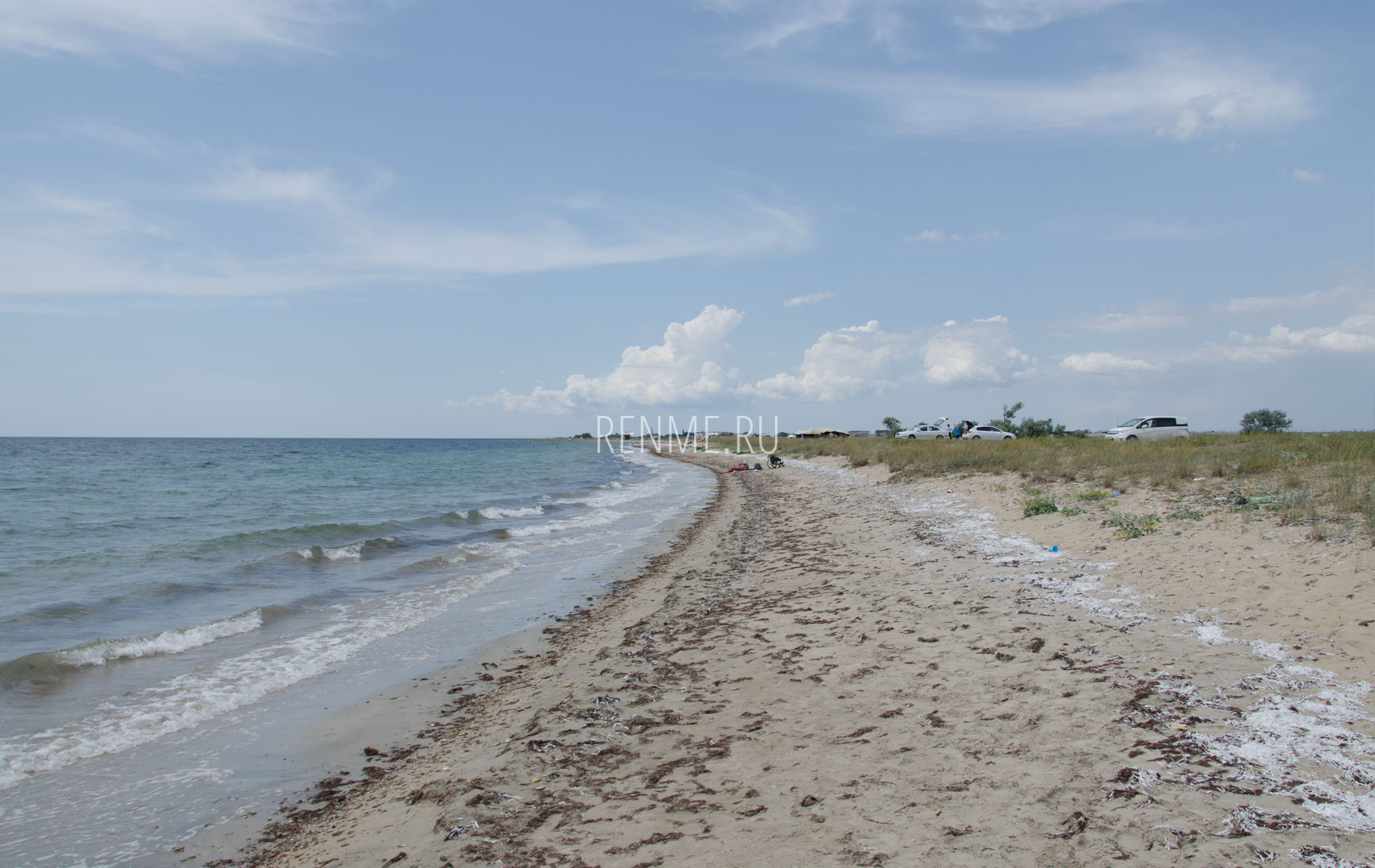 Реальный дикий пляж. Фото Молочного