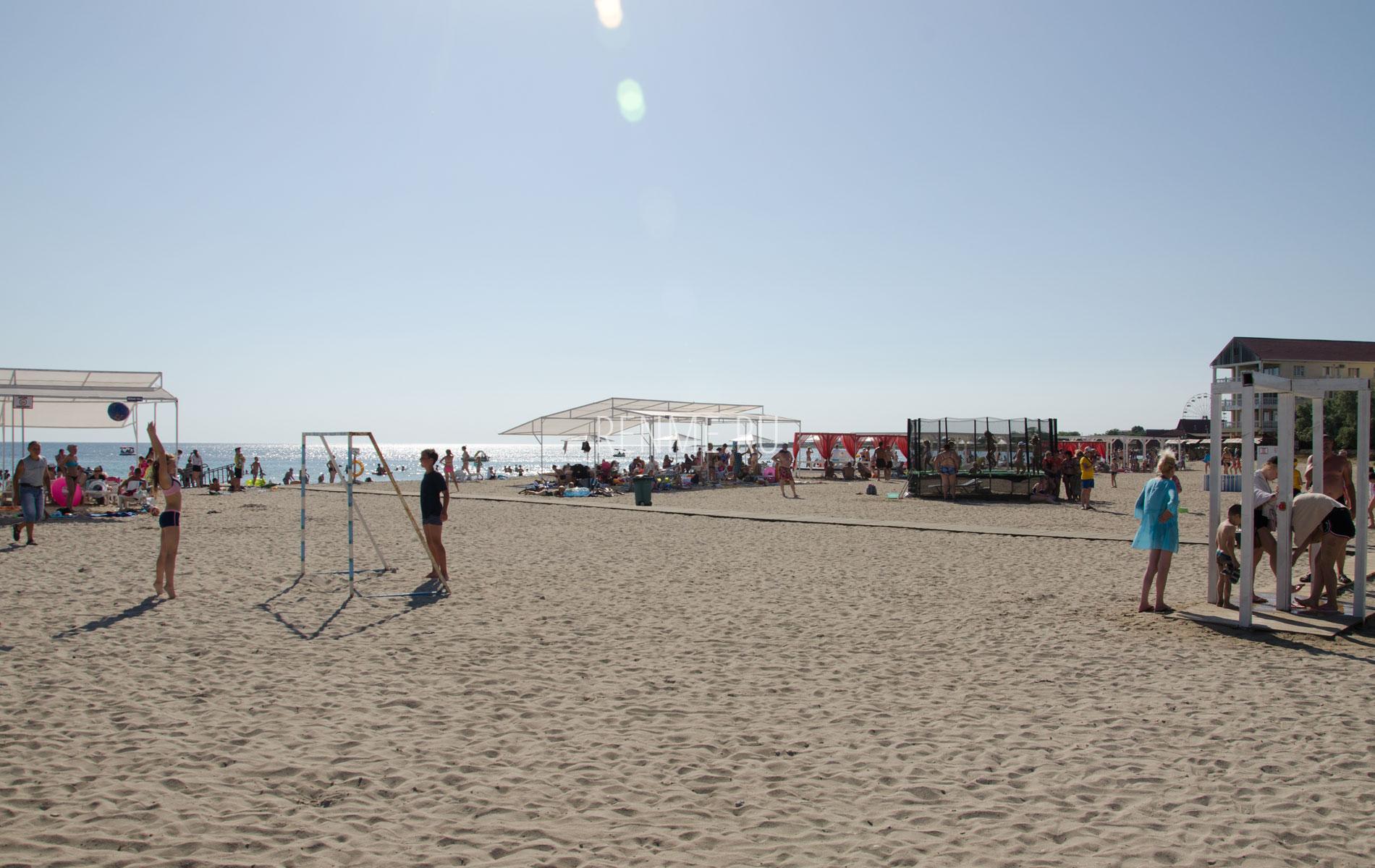 Песчаные пляжи Тарханкута. Фото Межводного