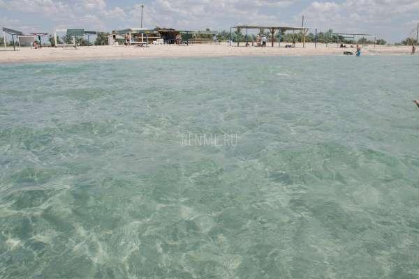 Песчаный берег моря в Штормовом. Фото Штормового