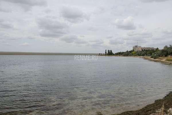 Пляж в Новоозёрном. Фото