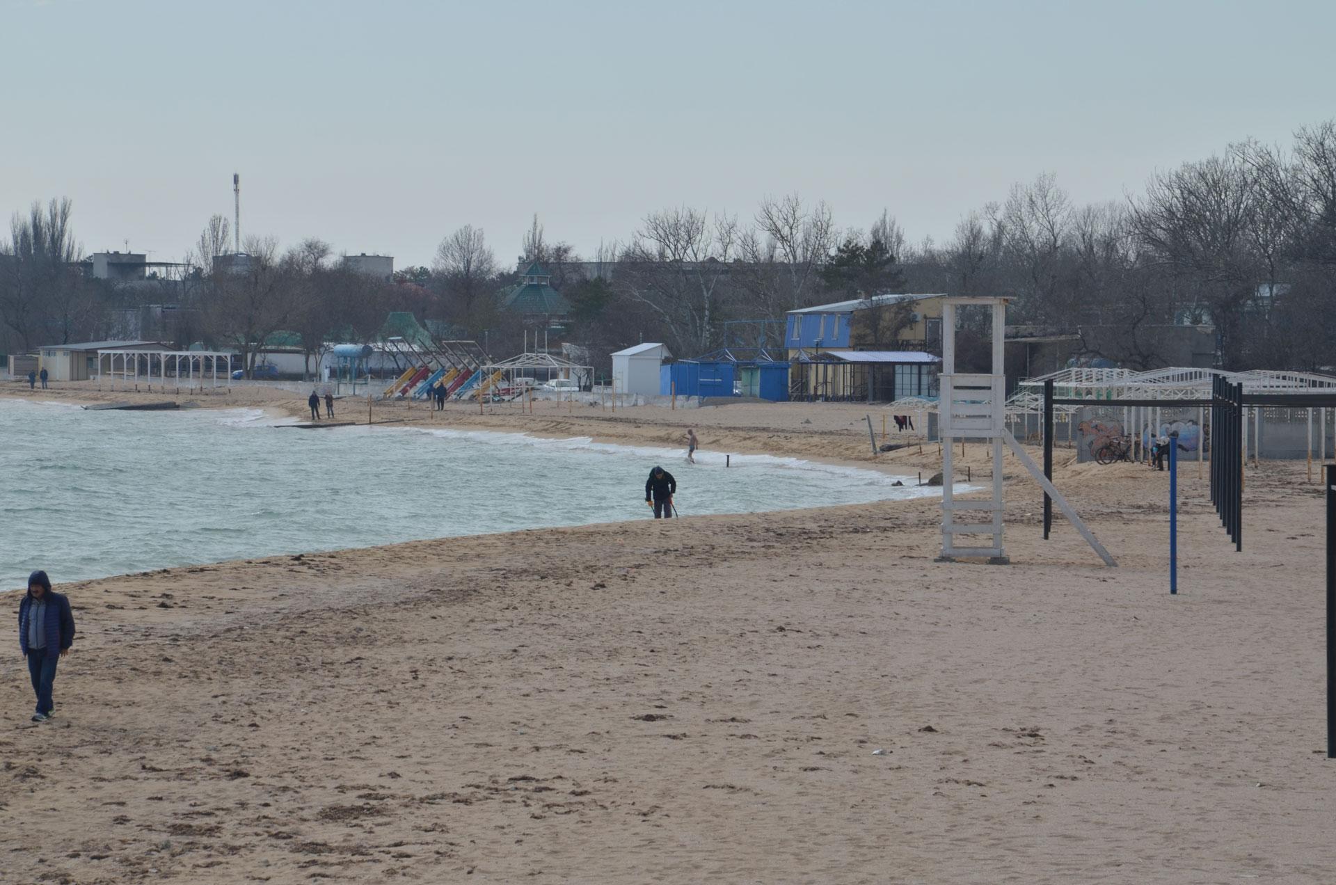 Весенний пляж. Фото Заозёрного