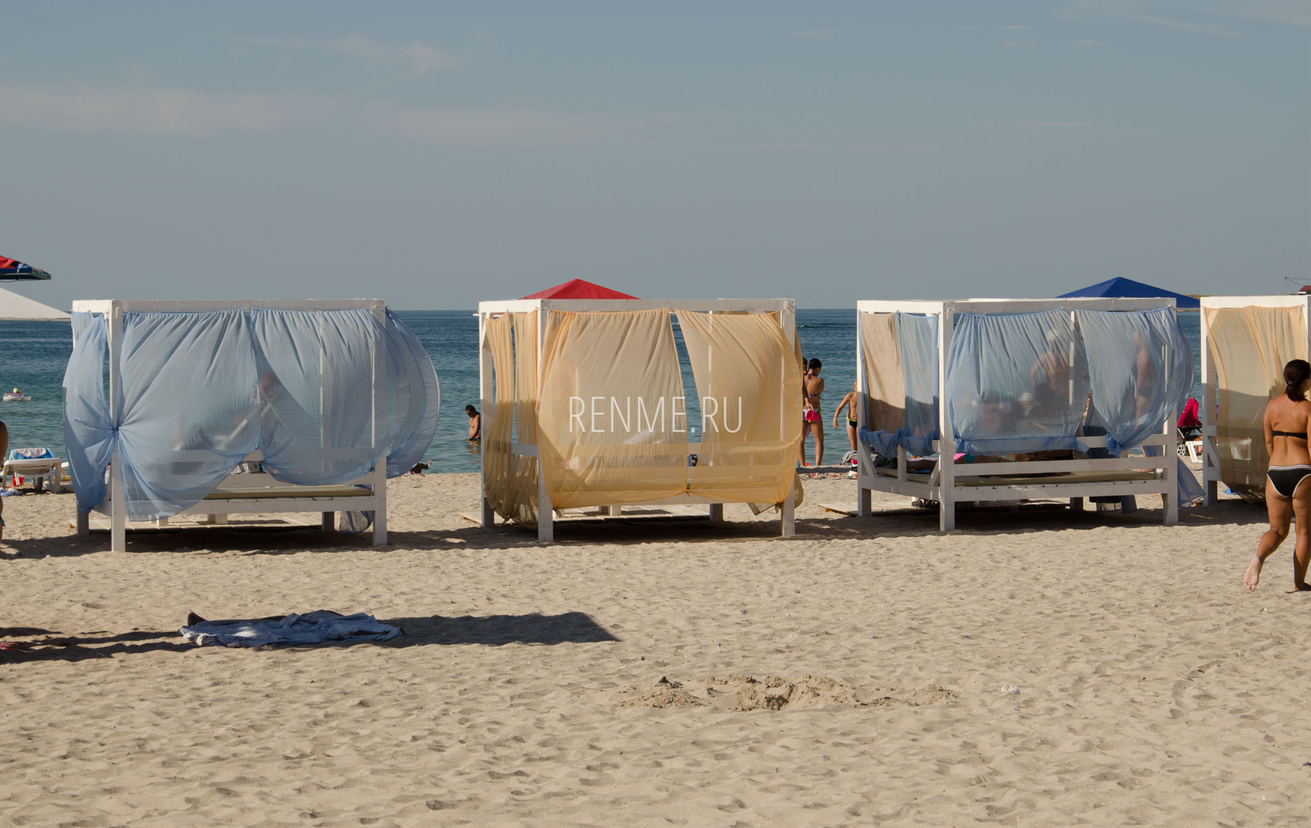 Бунгало на пляже в Черноморском. Фото Черноморского