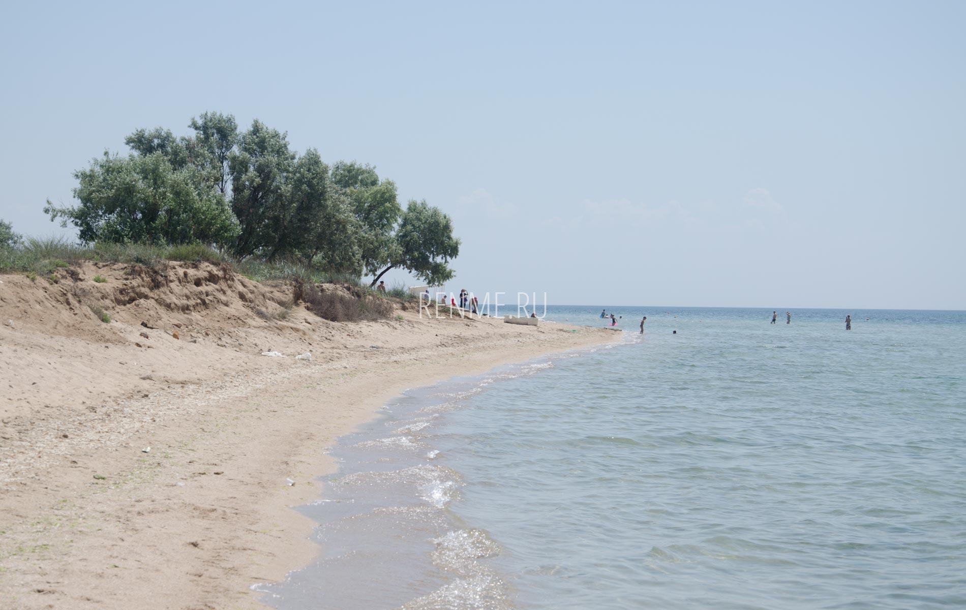 Фото с дикого пляжа Крыма 2020. Фото Заозёрного