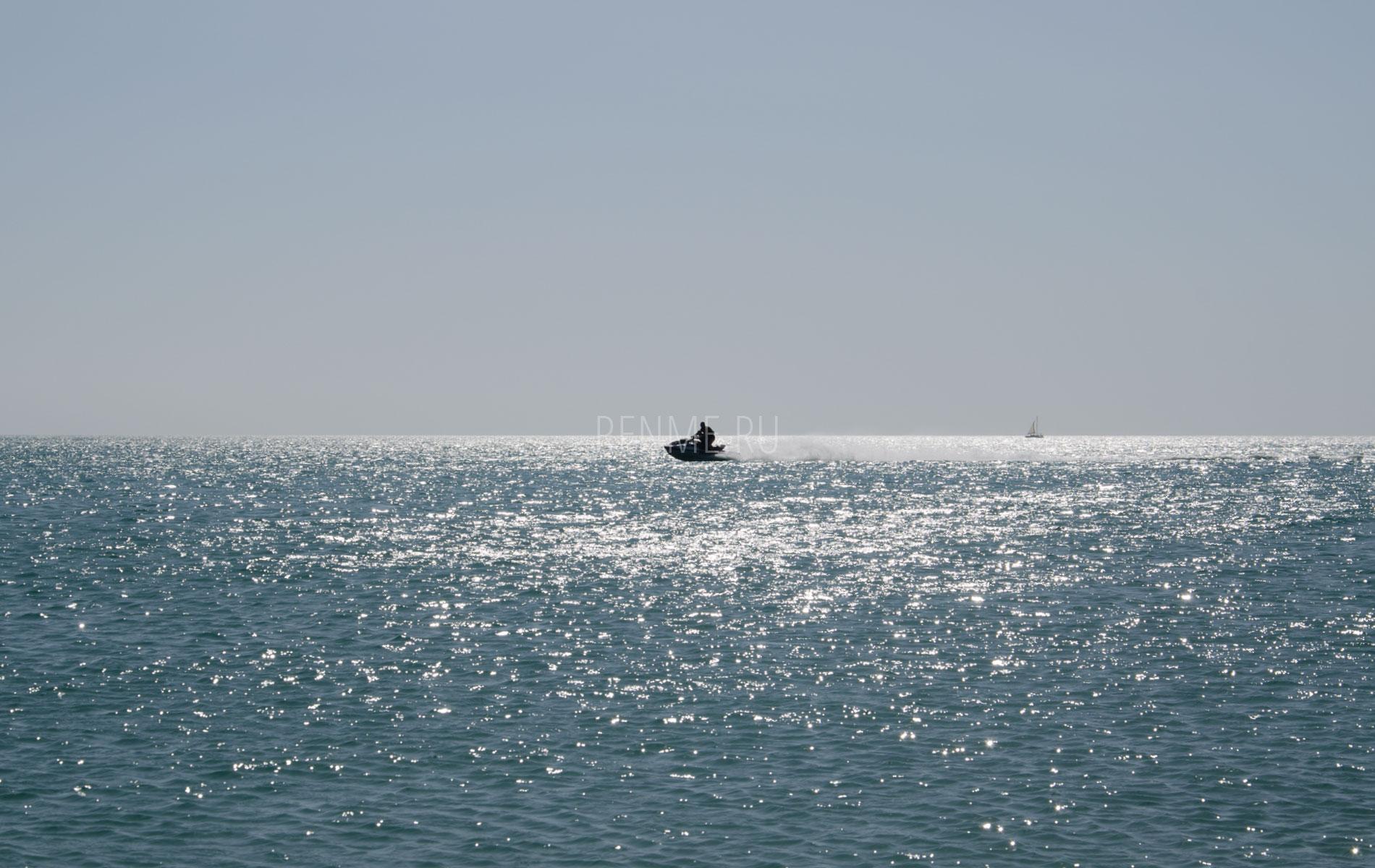 Море Евпатории в конце сезона. Фото Евпатории
