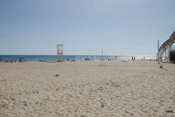Пляж в Поповке, летом 2019. Фото Поповки