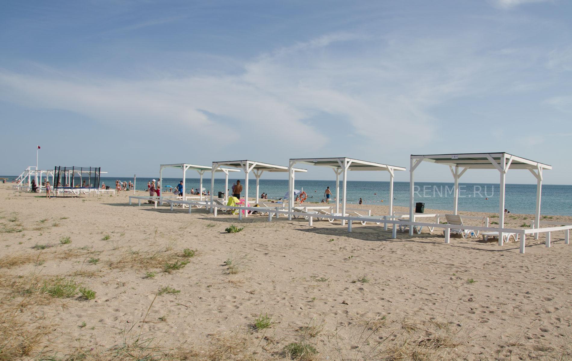 Дельфиний пляж на Песчанке. Фото Заозёрного