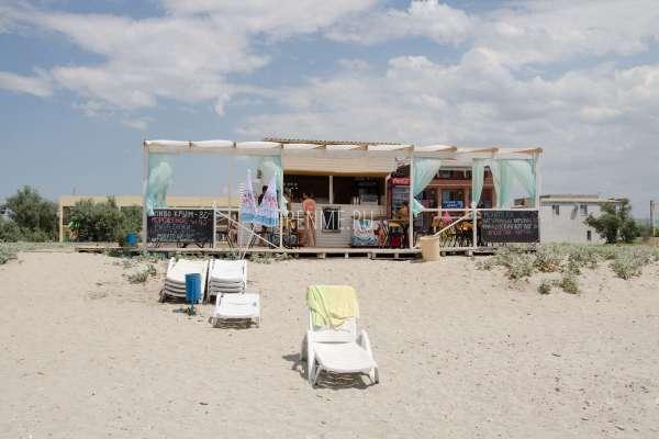 Кафе на пляже. Фото Штормового