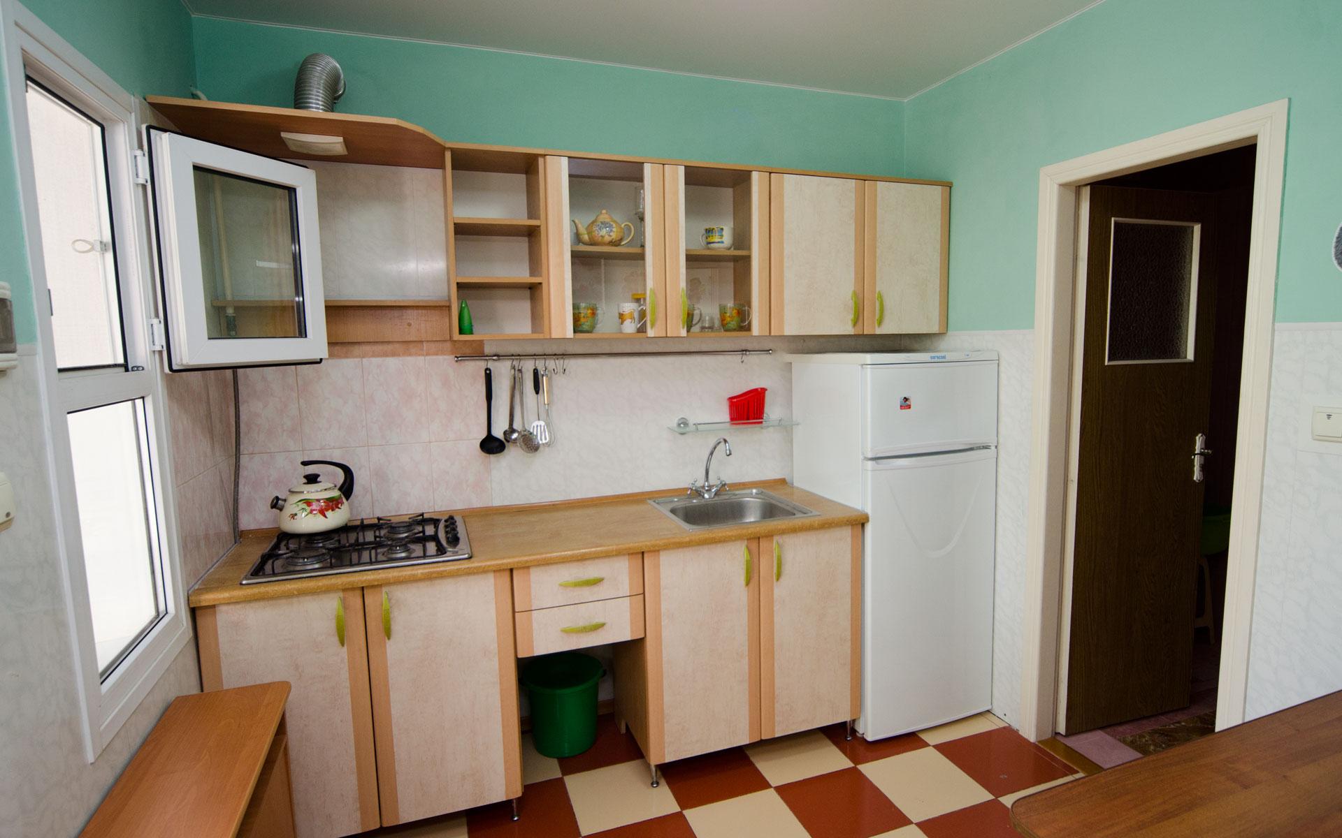 Кухня. Квартира 1. 2 квартиры на ул. Гайдара. Заозёрное