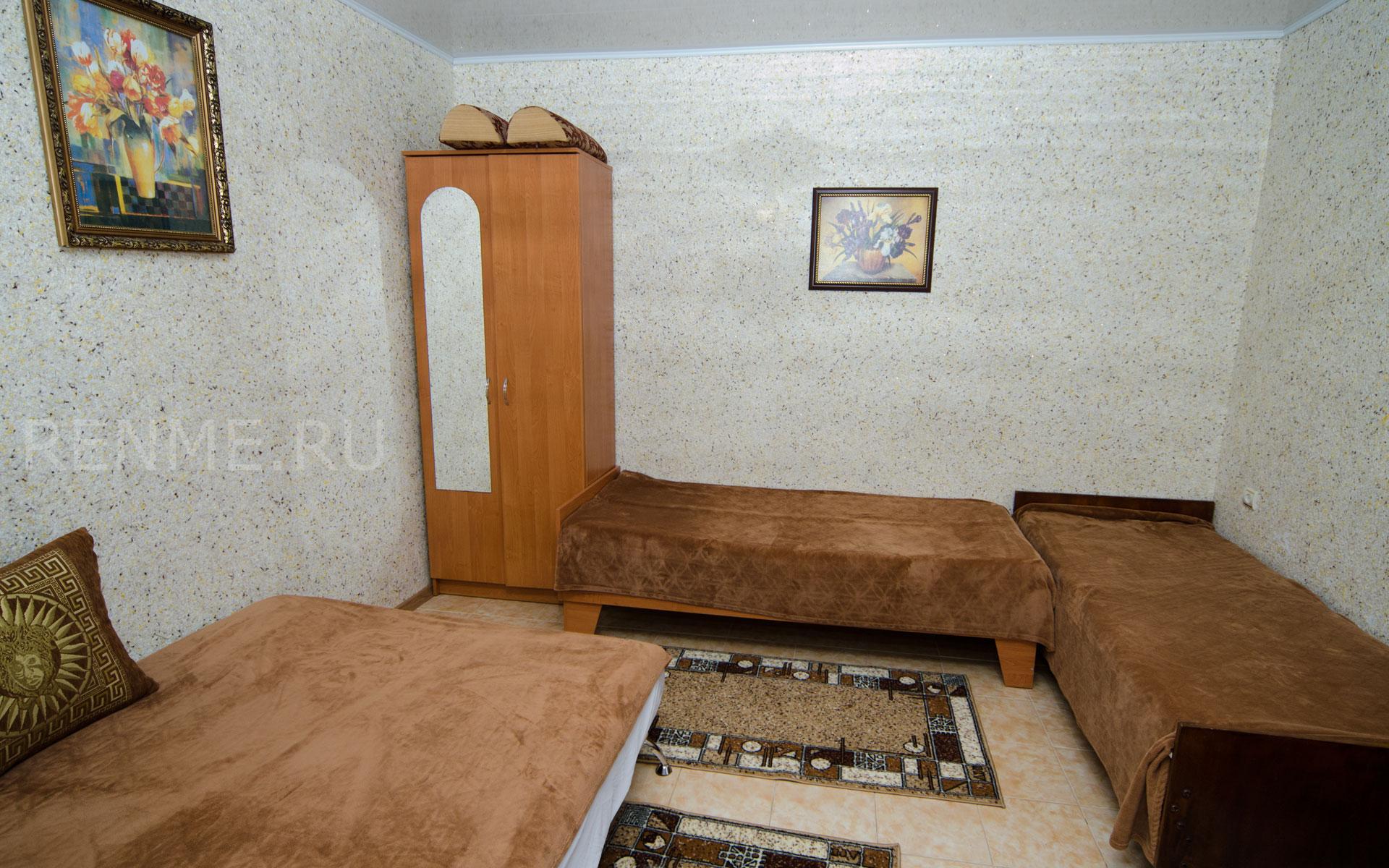 Комната. 9 квартира. Апарт-отель на 8 квартир. Заозёрное