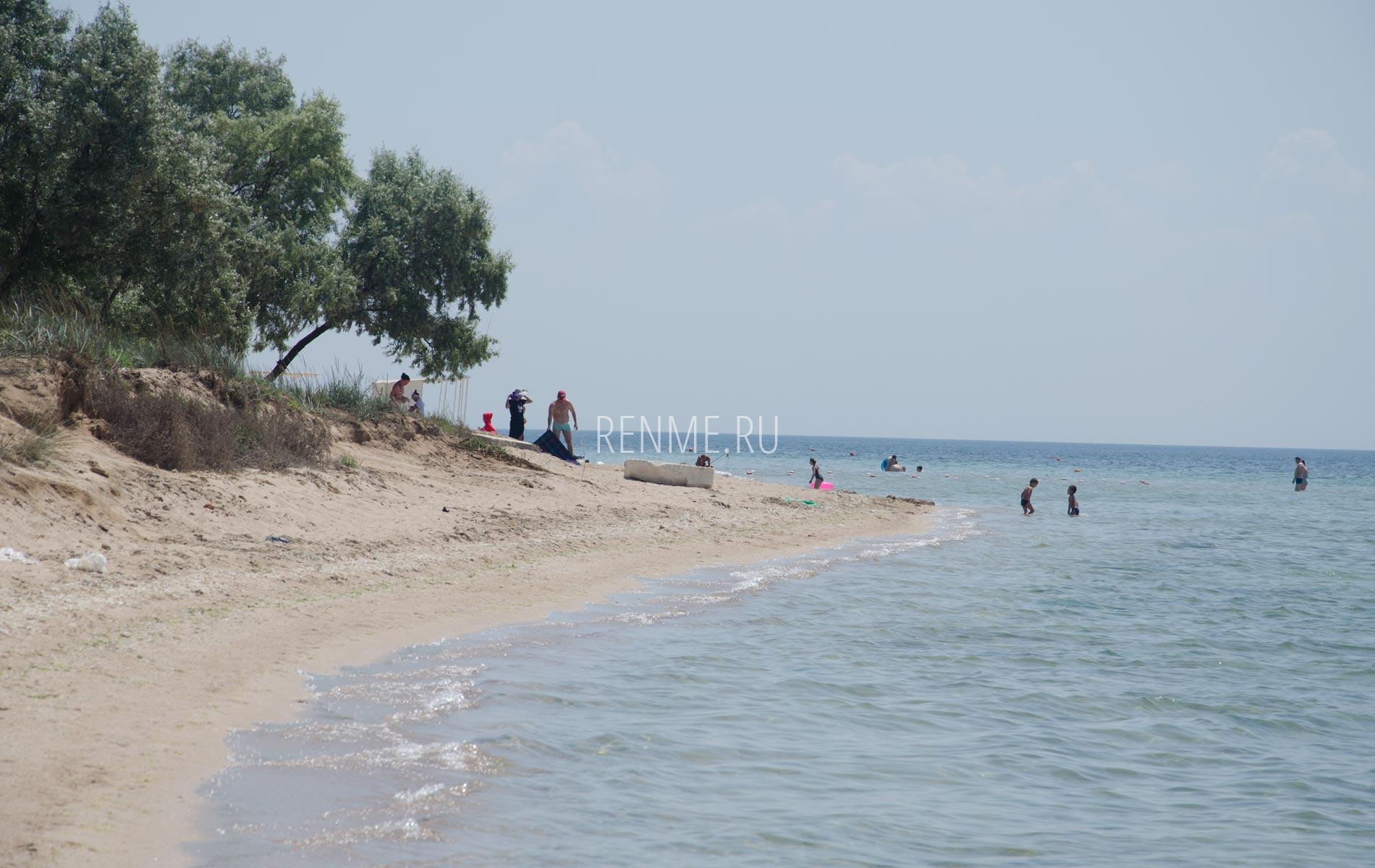 Дикий песчаный пляж Крыма на карте. Фото Заозёрного