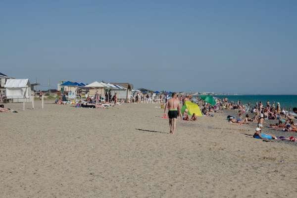 На пляже в Прибрежном. Фото Прибрежного