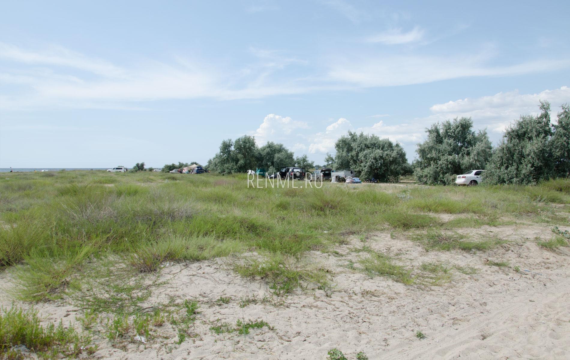 Дикий пляж рядом с Молочным. Фото Молочного