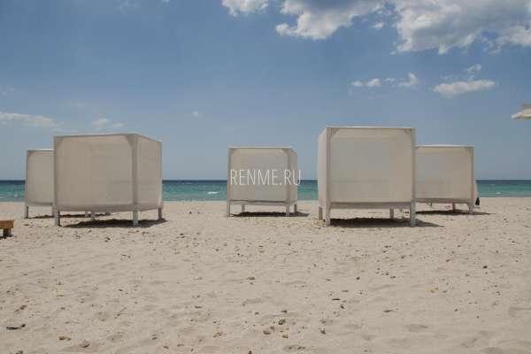 Бунгало на пляже в Крыму. Фото Штормового