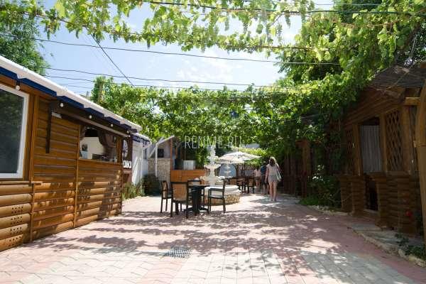 Кафе в Оленевке, Тарханкут. Фото Оленевки