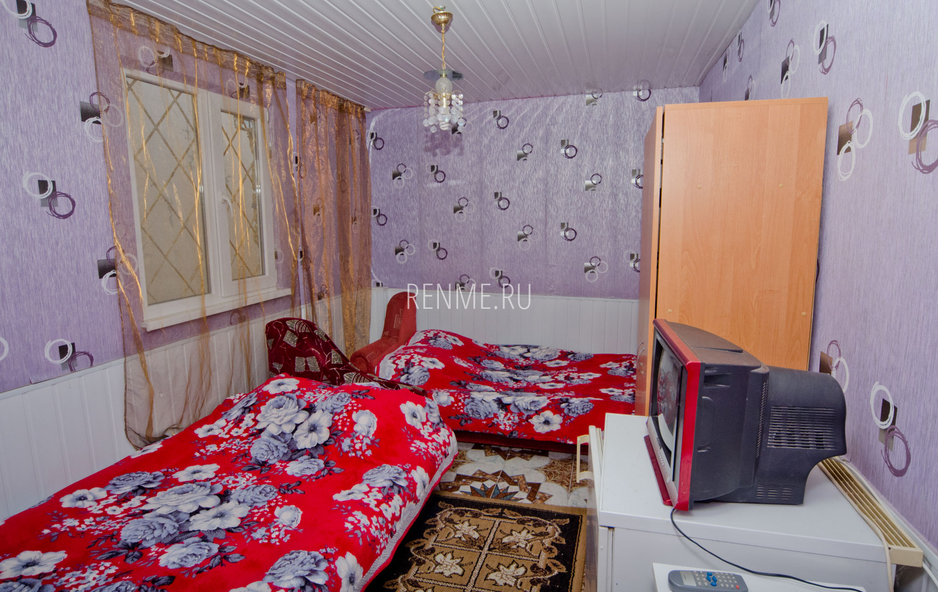 """Комната. Квартира 3. Апарт-отель """"Берюзовый Бриз"""". Заозёрное"""