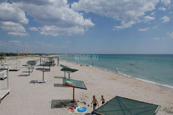 Пляжи в Штормовом, июнь 2020. Фото Штормового