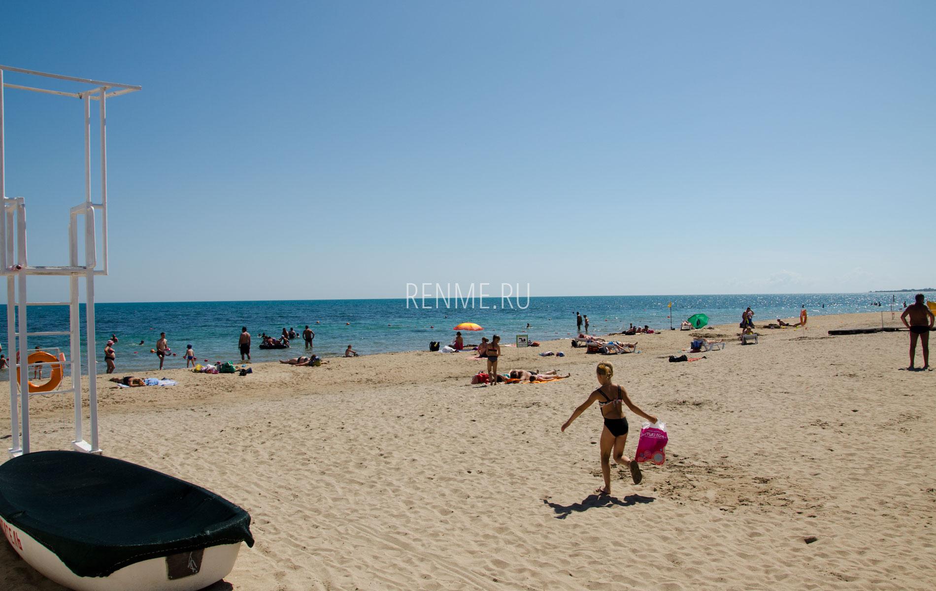 Лучший пляж для отдыха с детьми летом 2019. Фото Евпатории