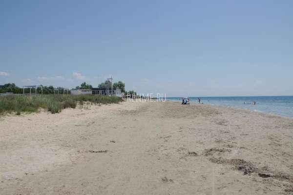 Лето 2020. Пляж Мохито. Фото Заозёрного