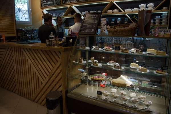 Ассортимент в кафе. Фото Оленевки
