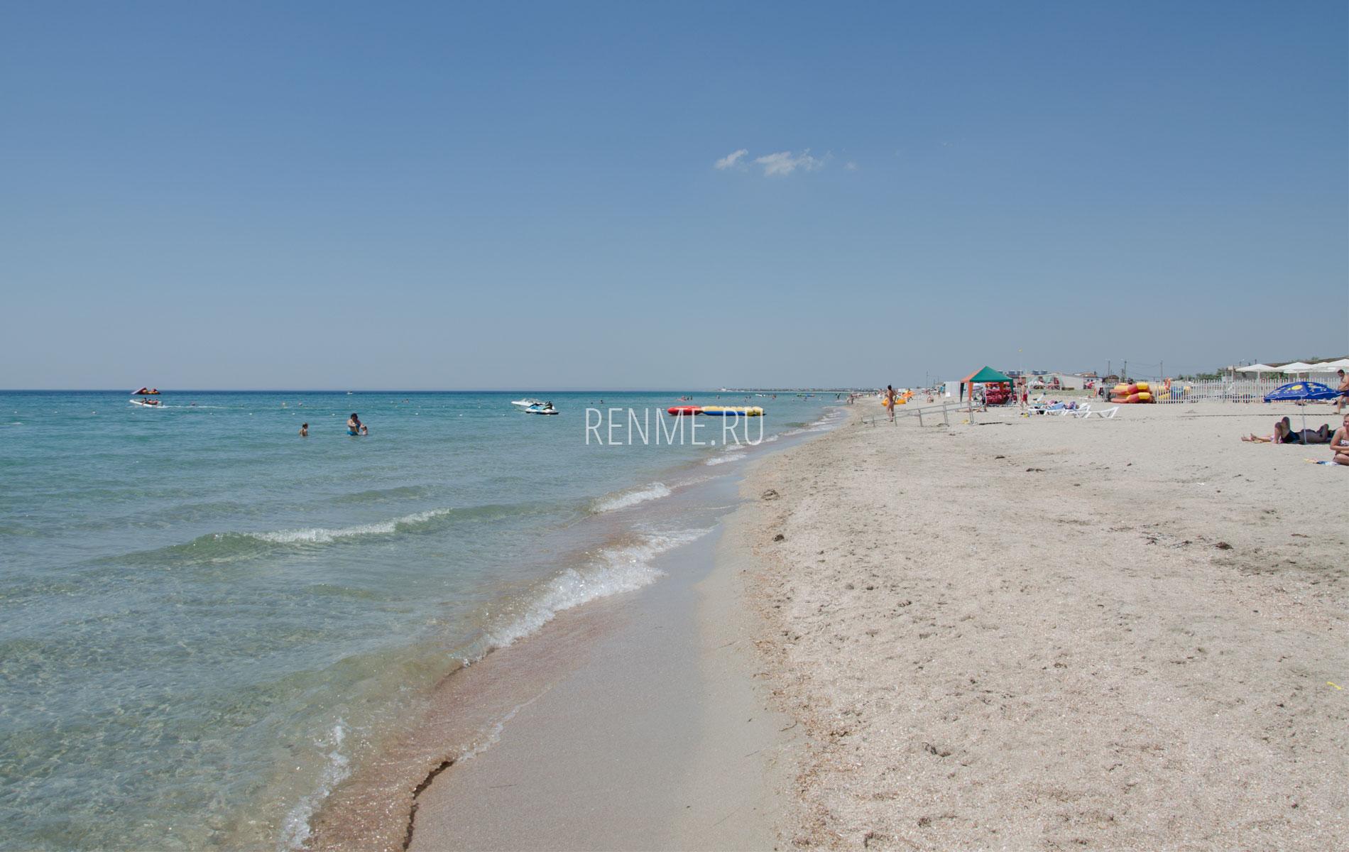 Лучший пляж с белым песком 2019. Фото Штормового