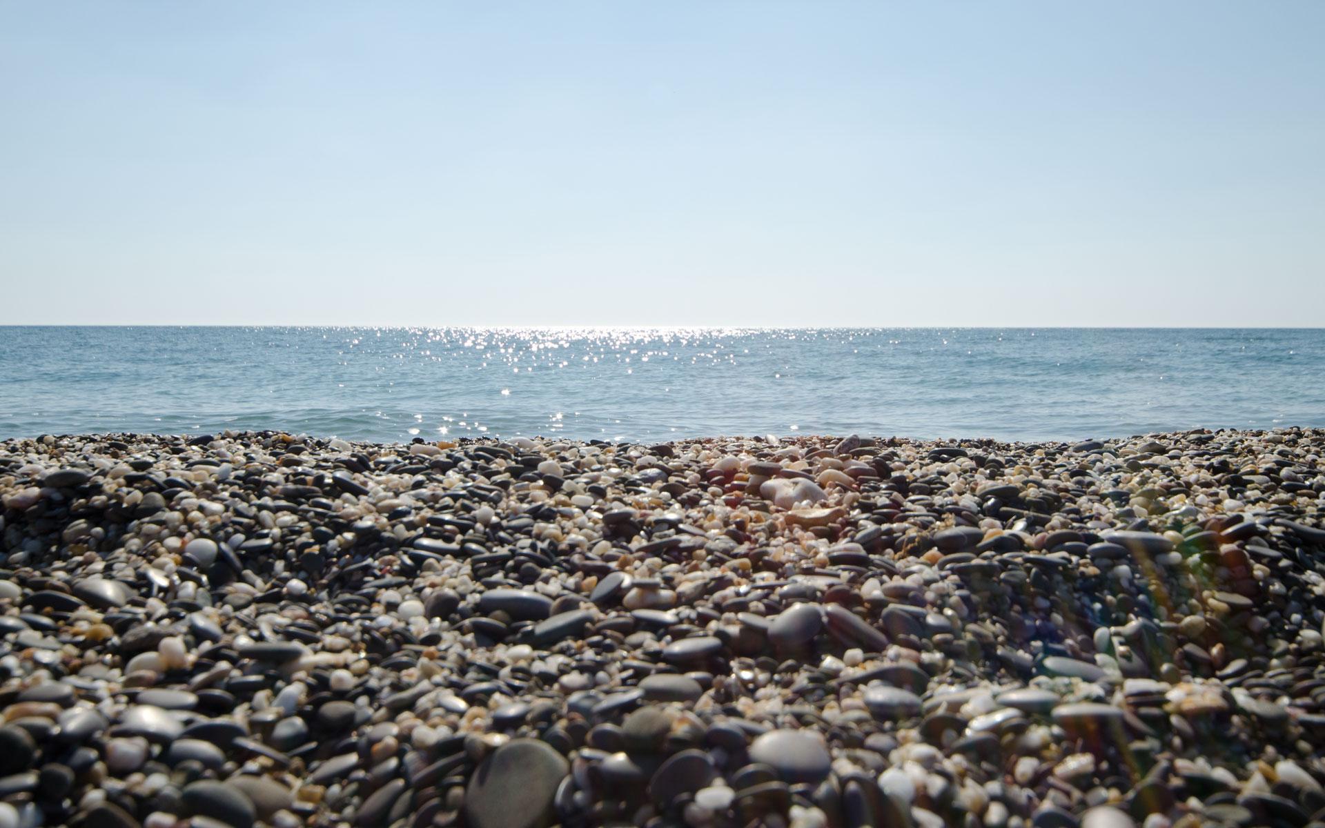 Море, галька 2019. Фото Прибрежного