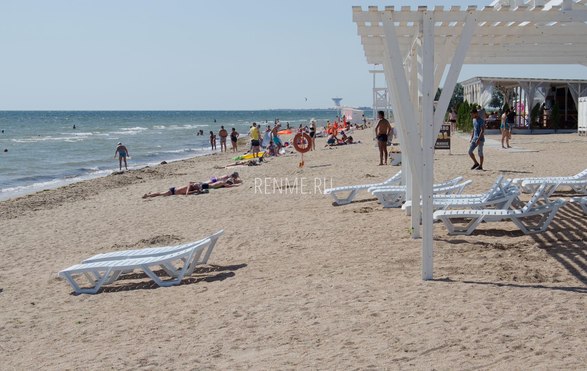 """Пляж """"Калипсо"""" летом 2019. Фото Заозёрного"""