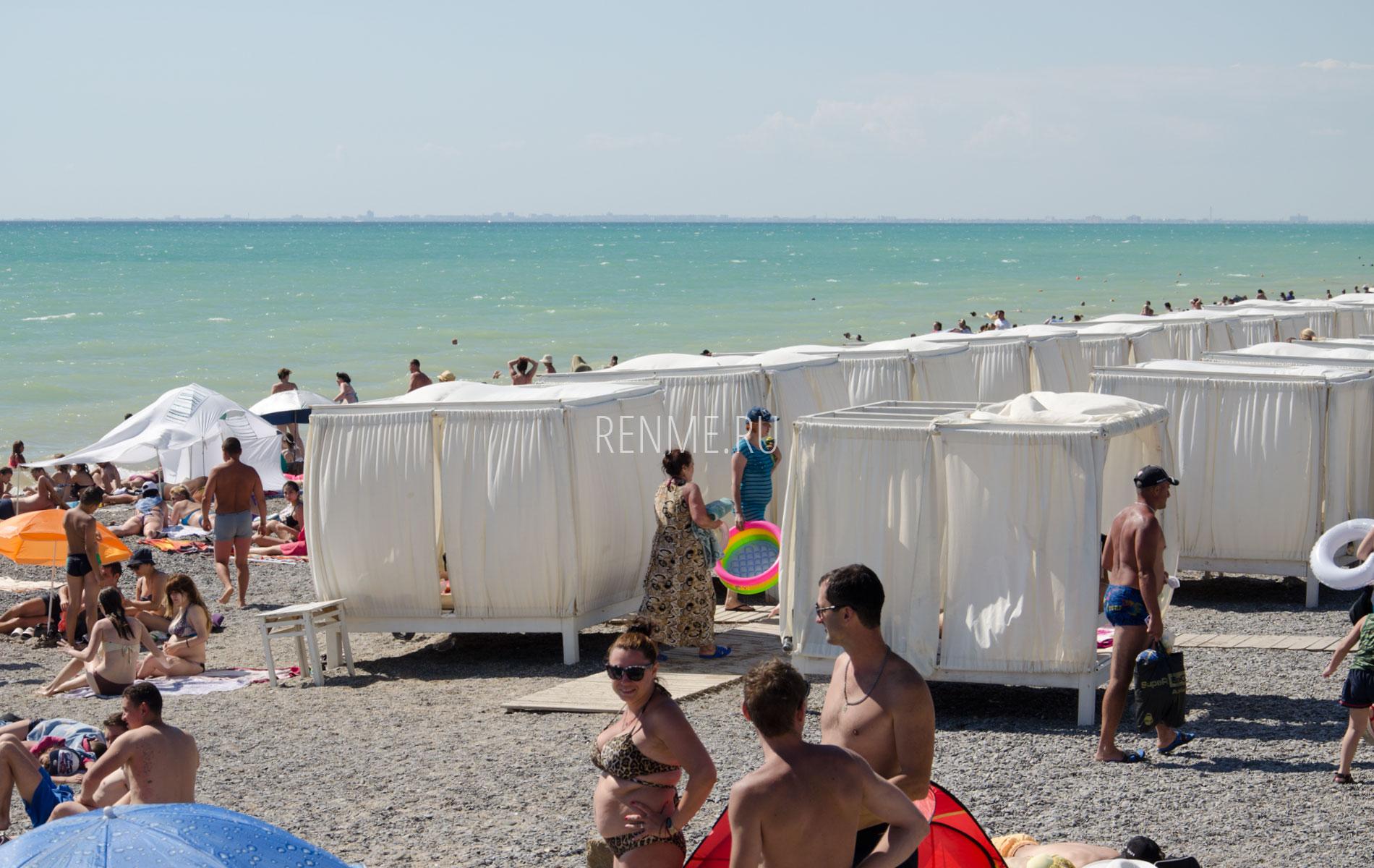 Свое бунгало на пляже. Фото Новофедоровки
