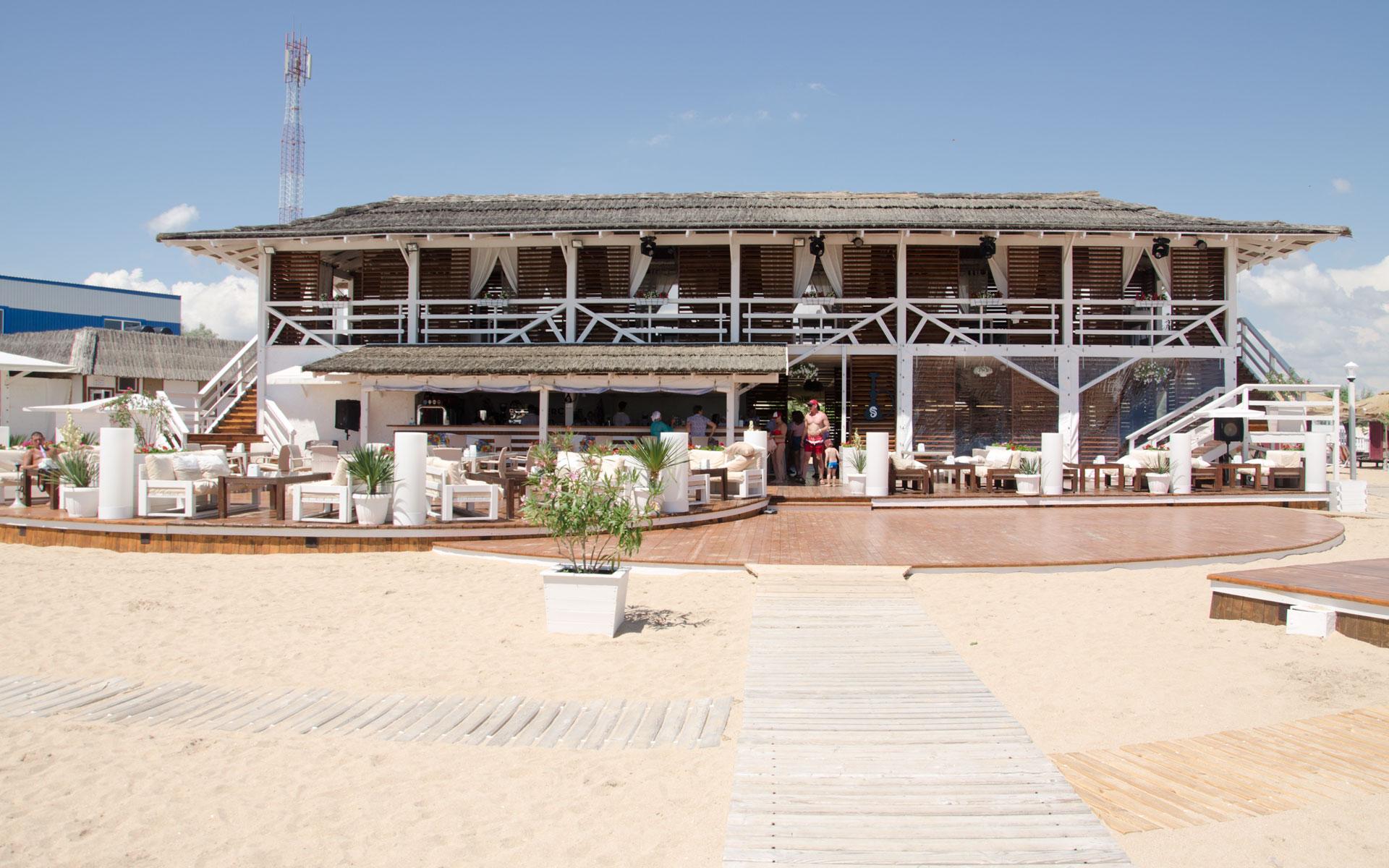"""кафе """"Summer Cafe"""" в Евпатории. Фото Евпатории"""