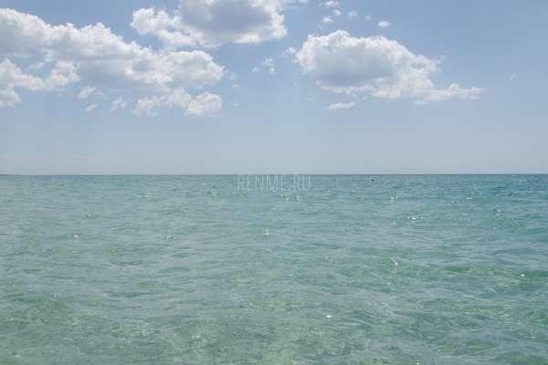 Море в июле в Крыму 2020. Фото Штормового