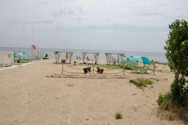 """Пляж """"Бугас"""". Пляжи Заозёрного"""