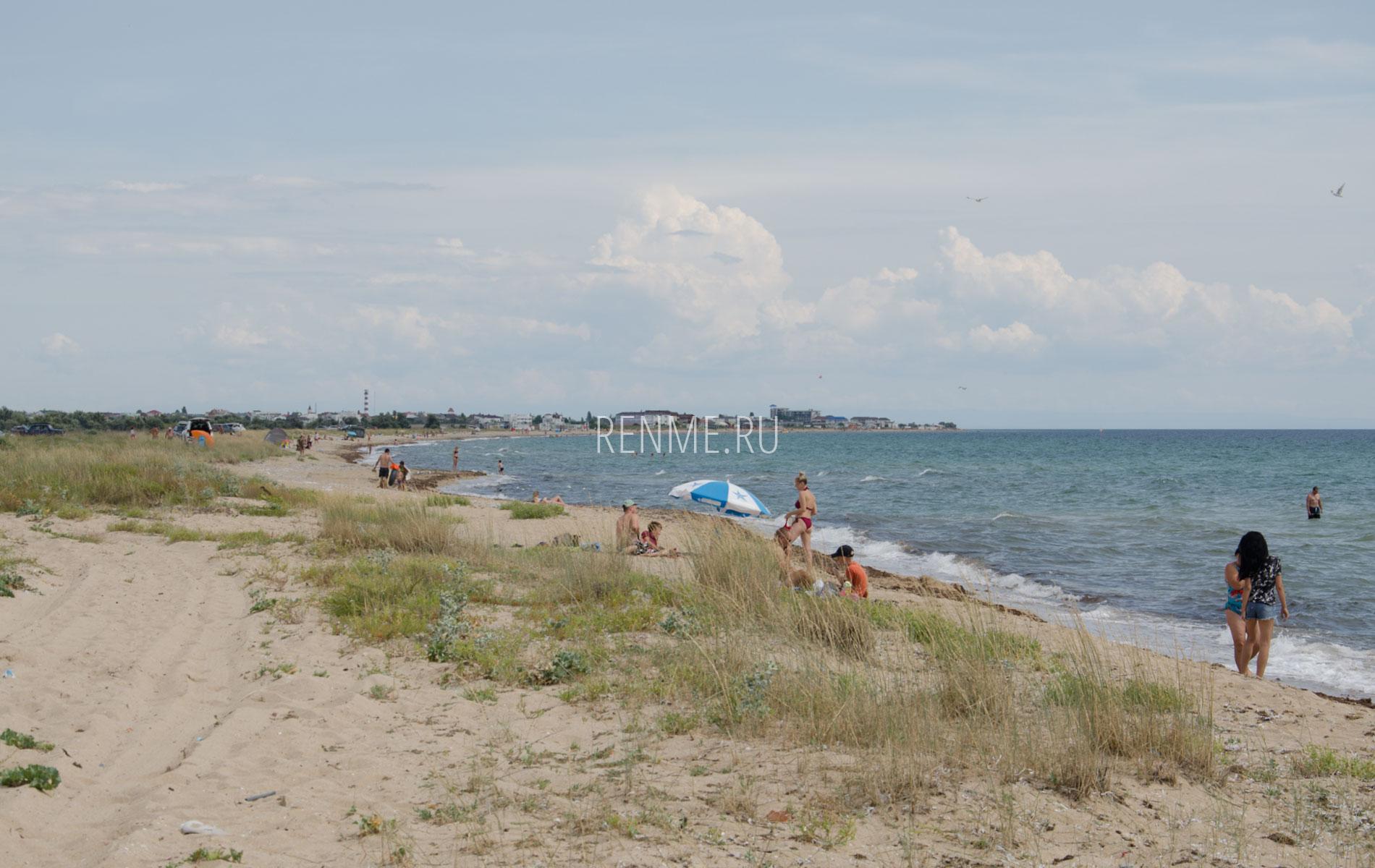 Очень дикий пляж. Фото Заозёрного
