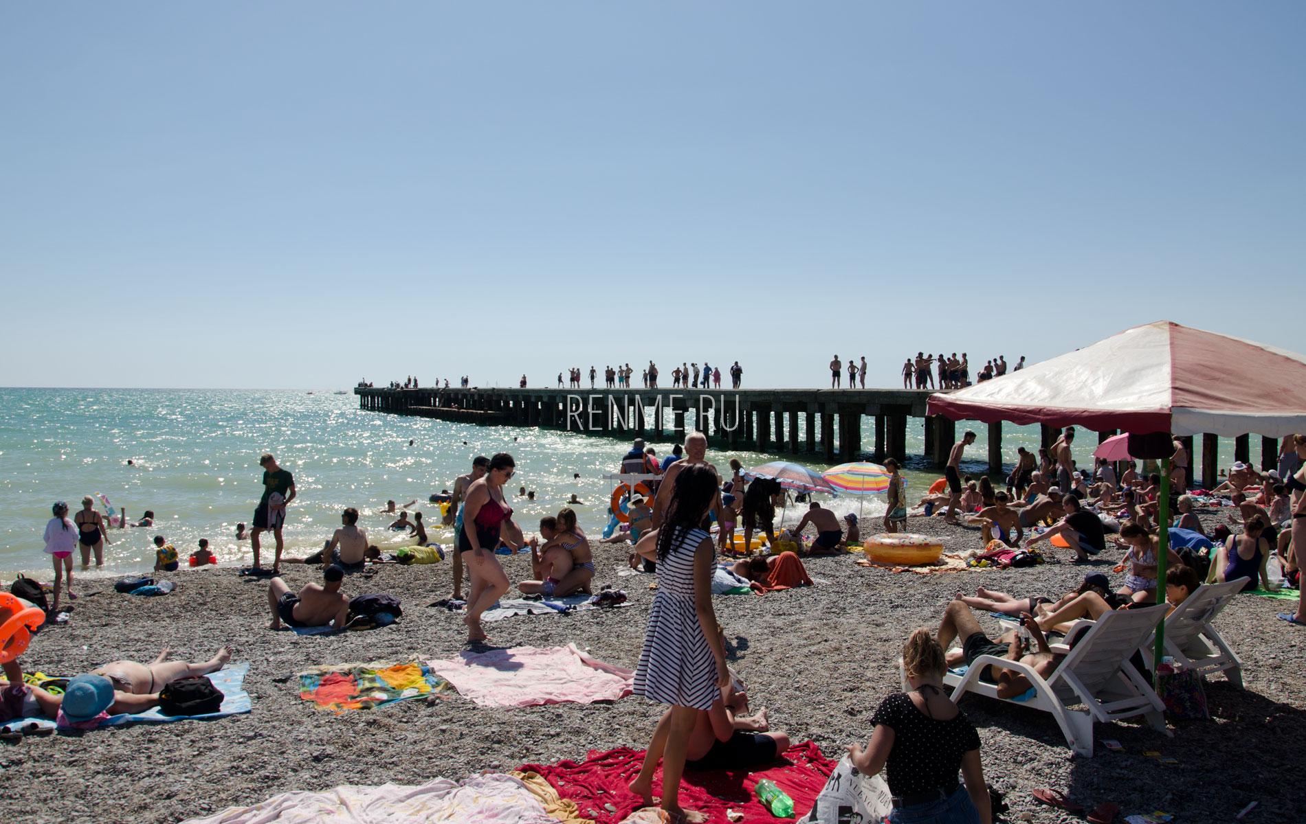 Галечные пляжи Крыма. Фото Новофедоровки