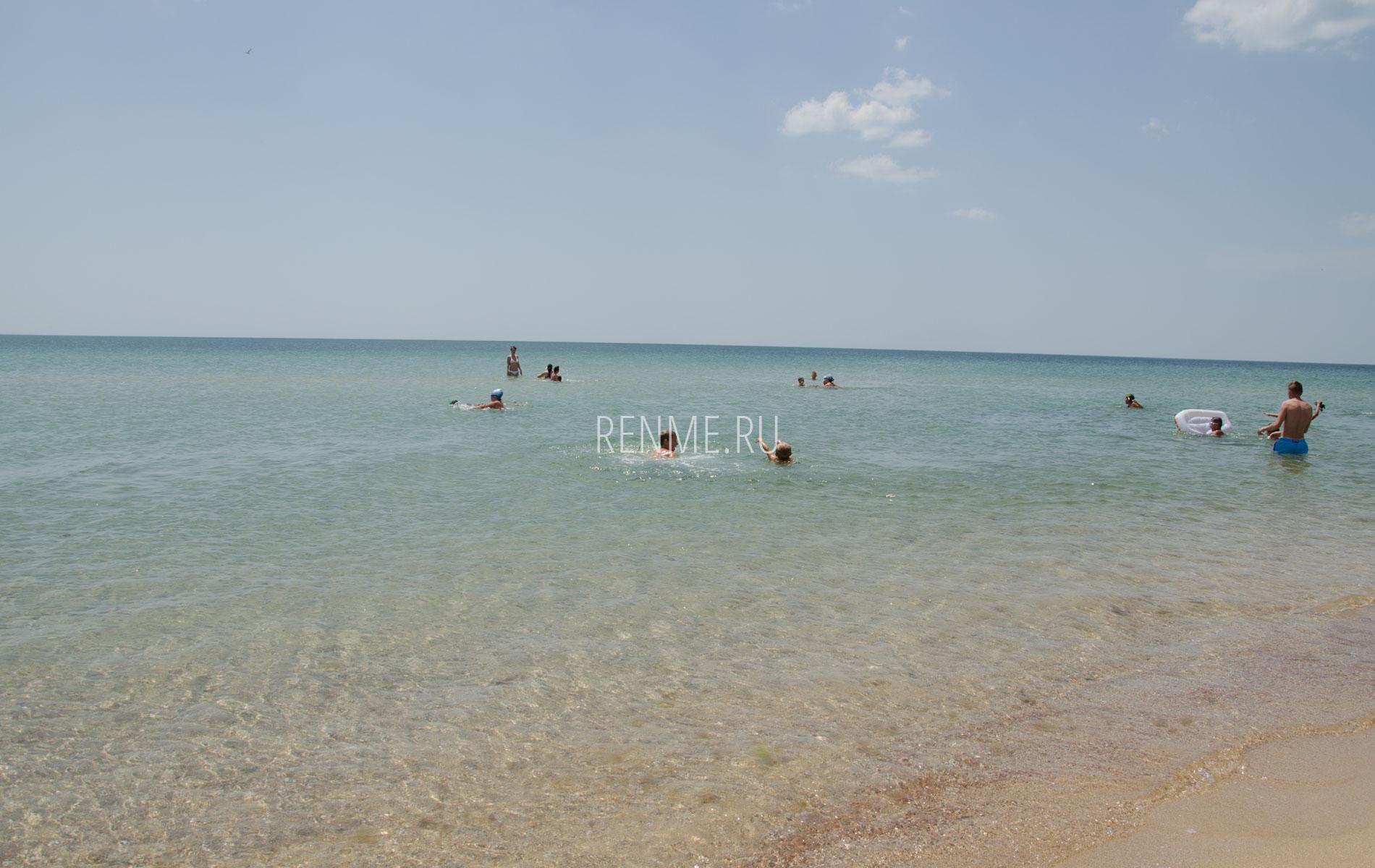 Море в Крыму возле Молочного. Фото Молочного