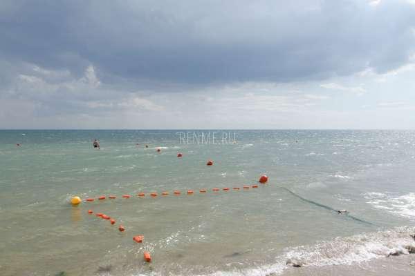 Море в Заозерном в сентябре. Фото Заозёрного