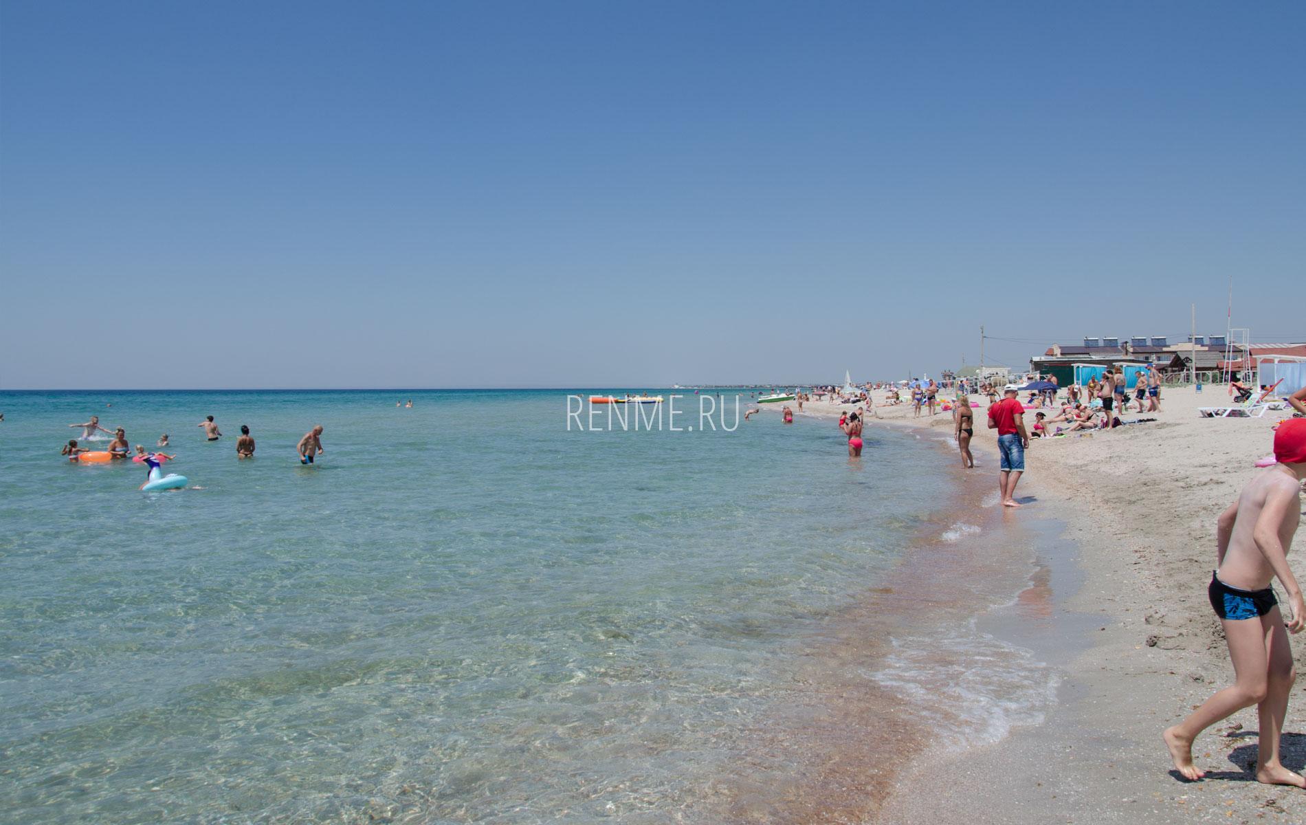 Пляж песок. Фото Штормового