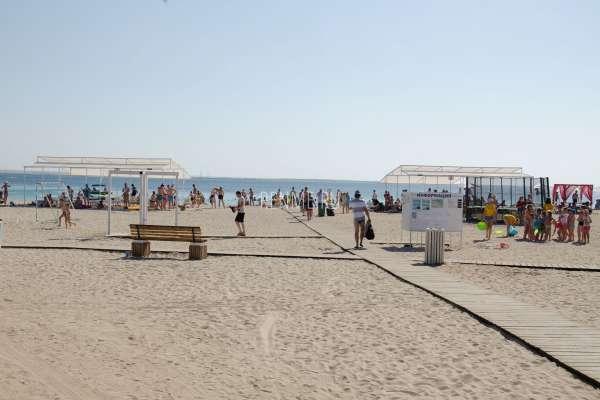 Центральный пляж Межводного. Пляжи Межводного