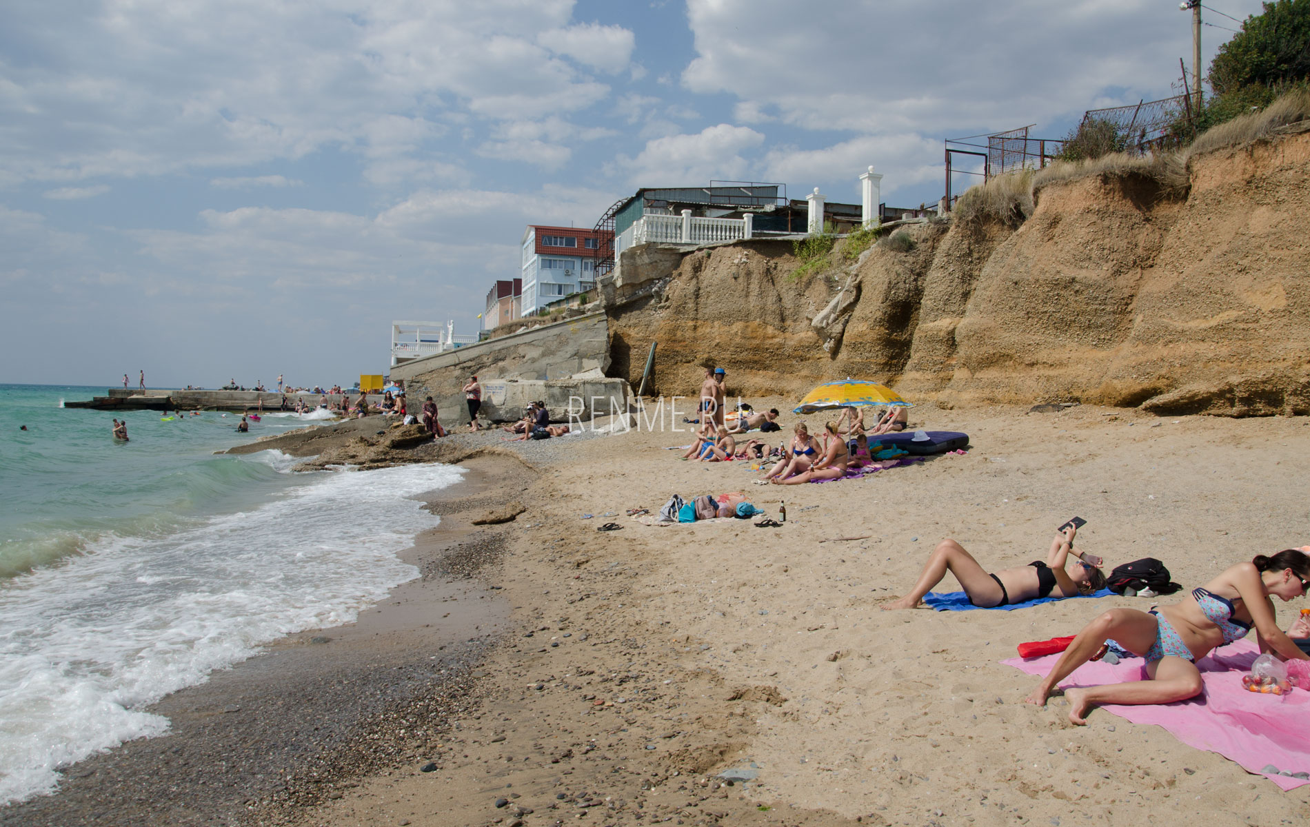 Песочный пляж и июне 2019. Фото Николаевки