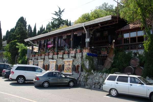 Ресторан на набережной в Алуште. Фото Алушты